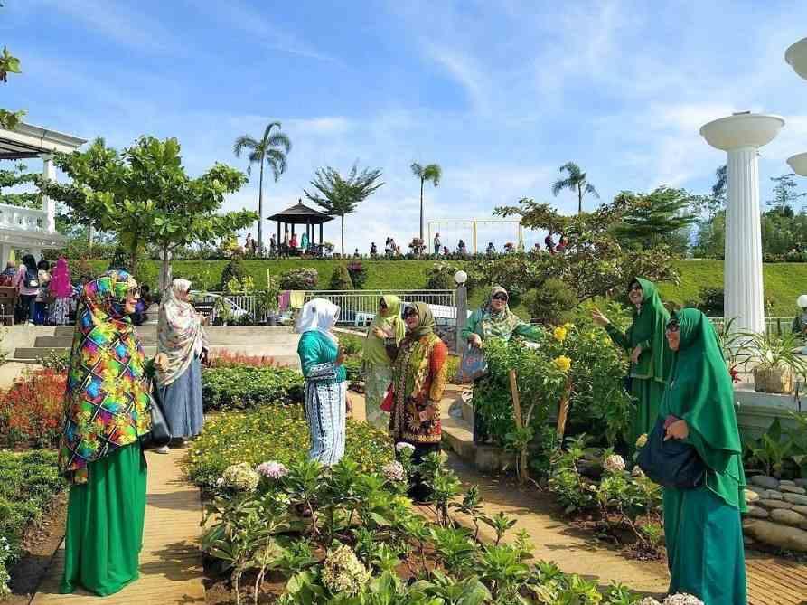 gambar taman bunga eling bening ambarawa