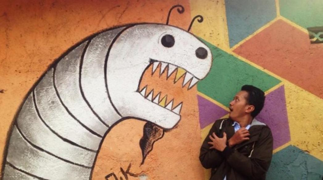 gambar tembok cacing rumah warna warni kota semarang jawa tengah